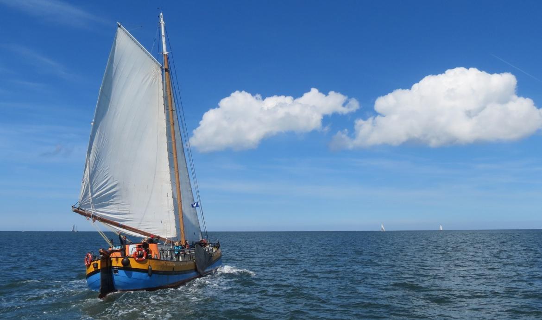 Segeln Auf den IJsselmeer